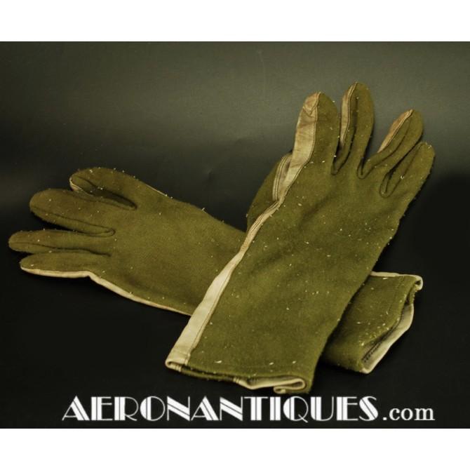 Vietnam era USAF USN Pilot FRP-2 Nomex Flying Gloves