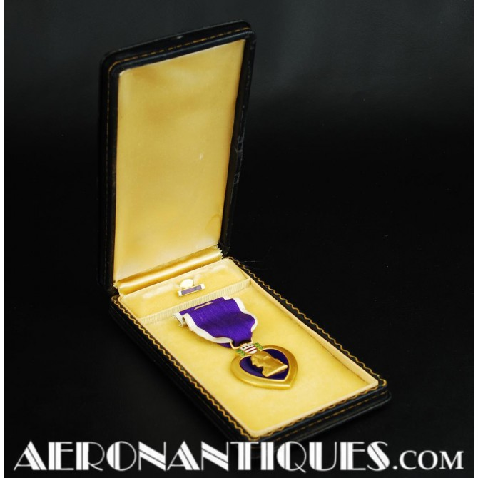 WWII US Purple Heart Award Decoration Medal