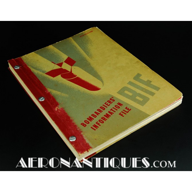 1945 WWII US Army Air Force Bombardiers Manual