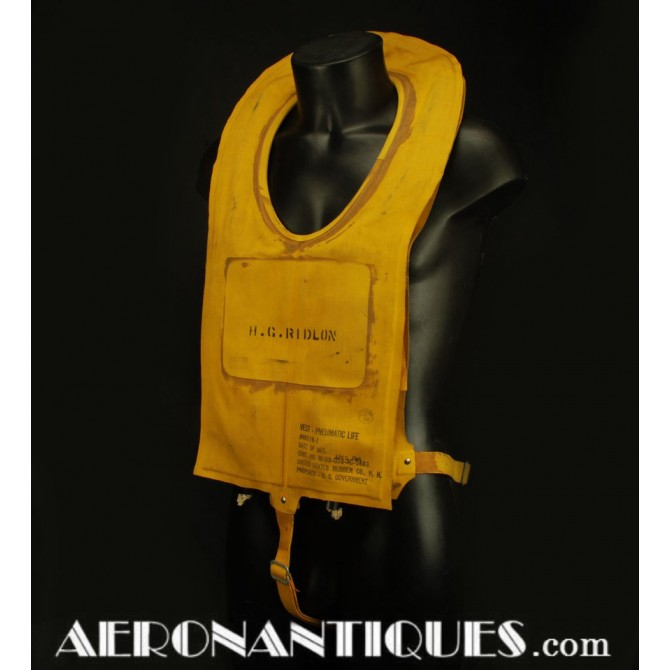 WWII US Army Air Force B-4 Mae-West Life Preserver